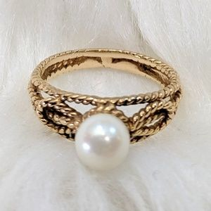 Gold Rope Pearl Ring